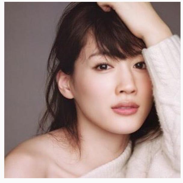 綾瀬はるかドラマ作品NHK貢献率が高い?紅白司会へ抜擢の裏事情